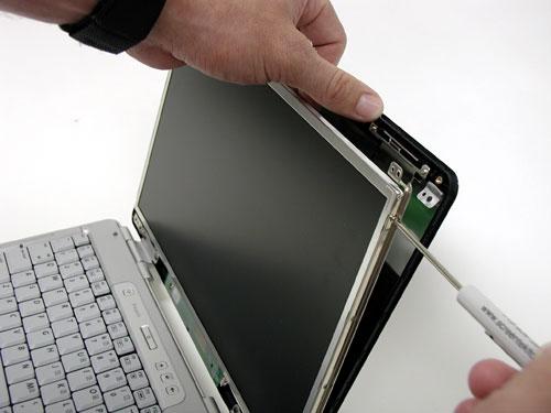 Замена матрицы ноутбука в Киеве. Цена на услуги